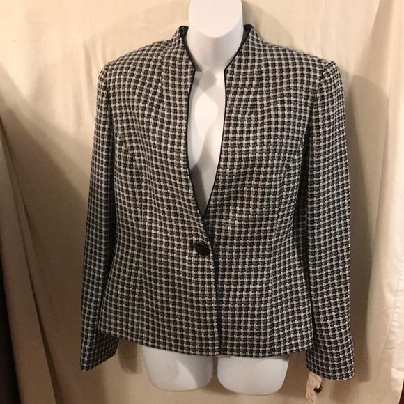 Jones Studio Jackets & Blazers - Jones studio jacket